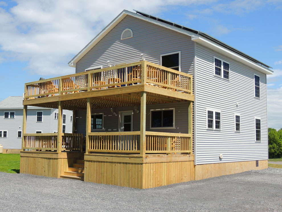 Vacation home 15 thousand islands cottage rentals for Waterfront cottage