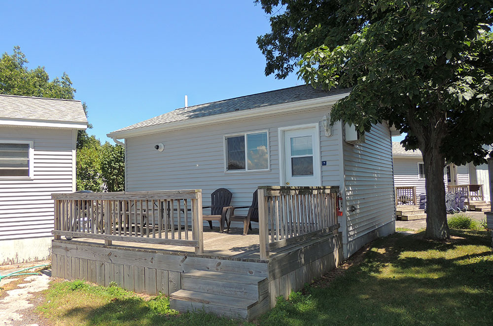 island large stunning the a cold islands with rental downie river outdoor hot and shower for rent st beautiful lawrence cottages thousand leeds cottage