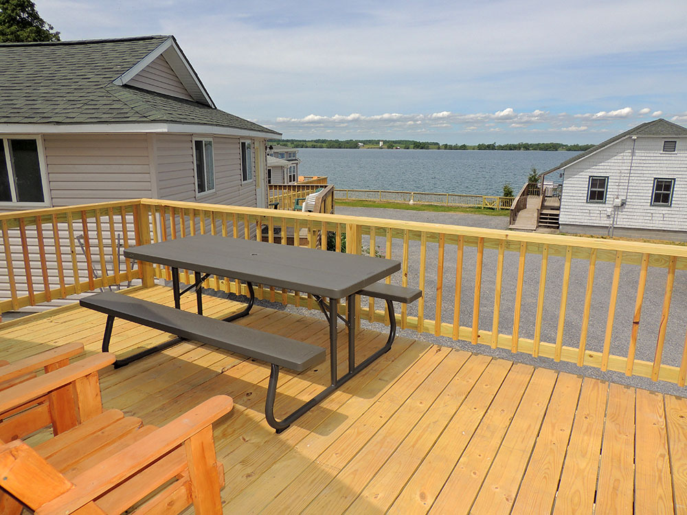 cottage29-deck