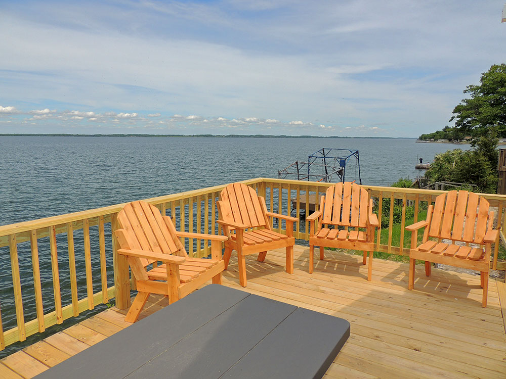 cottage30-deck